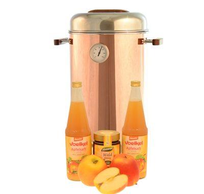 lecker heißer Apfelsaft mit Honig aus dem Kupferkessel